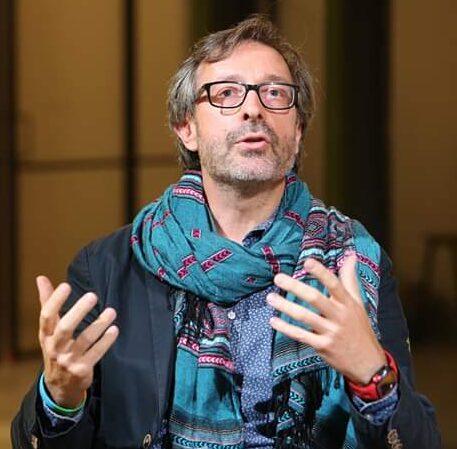 Gianni Vacchelli Artista, narratore, scrittore, docente
