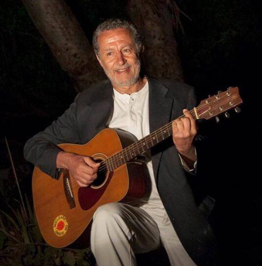Luigi Turinese Medico psicoterapeuta e cantautore