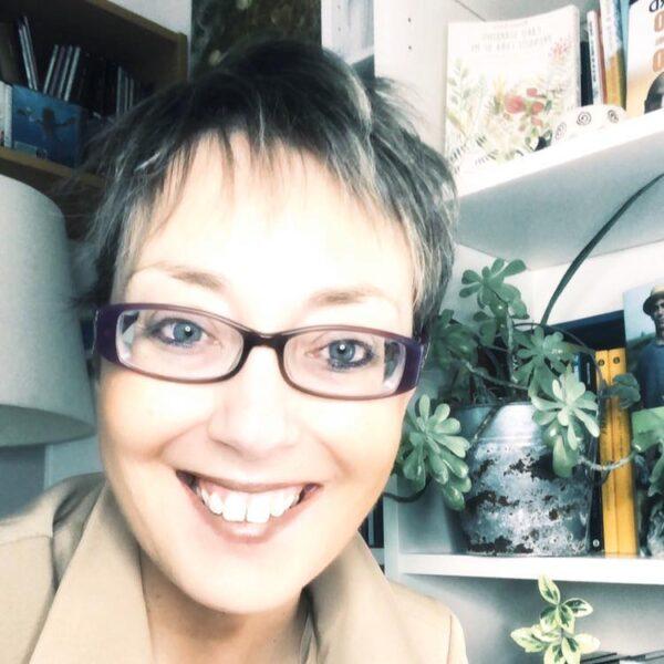 Stella Saladino Creator of Plants Inspirational Coaching method presso Plants Inspirational Coaching