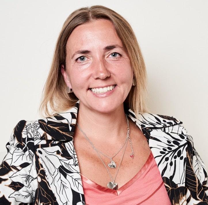 Monica Dimauro psicologa ed esperta in aromaterapia